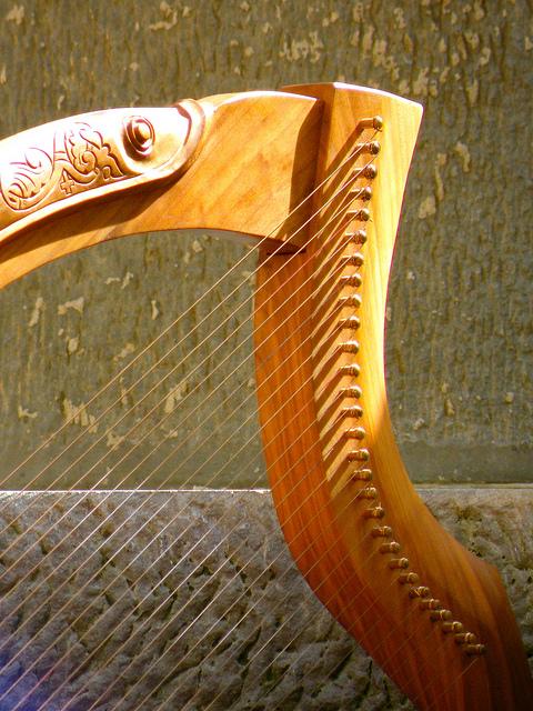 wire harp